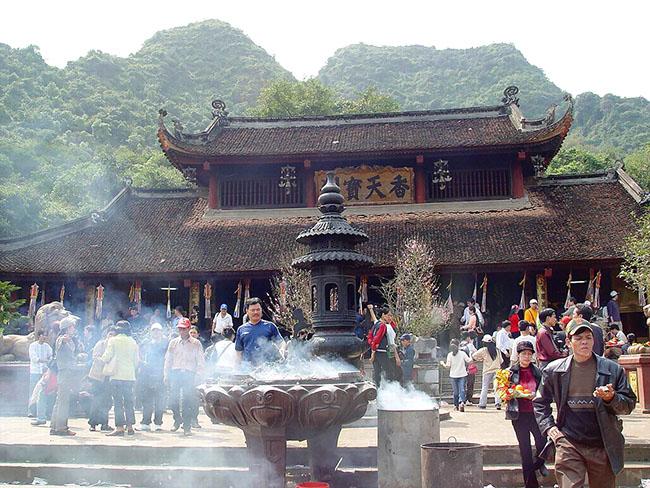 tour chùa hương giá rẻ đầu năm