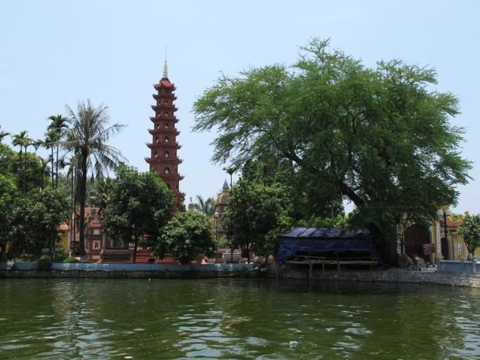 chùa trấn quốc hà nội