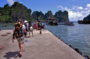 Kinh nghiệm du khách thăm quan Vịnh Hạ Long