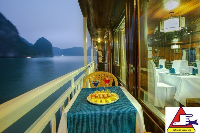 Halong Flamingo Cruises (7)