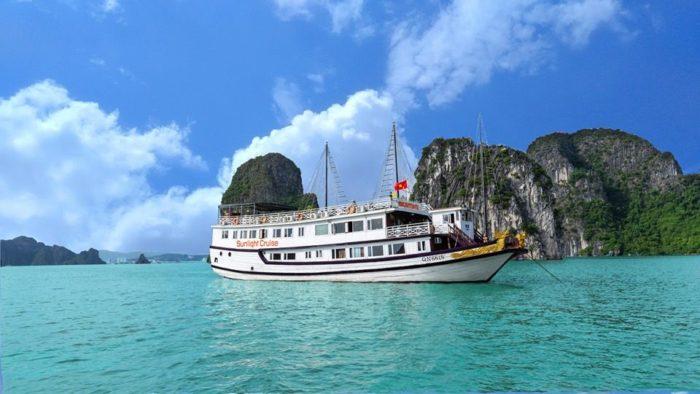 Sunlight_Halong_Bay_Cruise